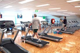 health club treadmills lined up